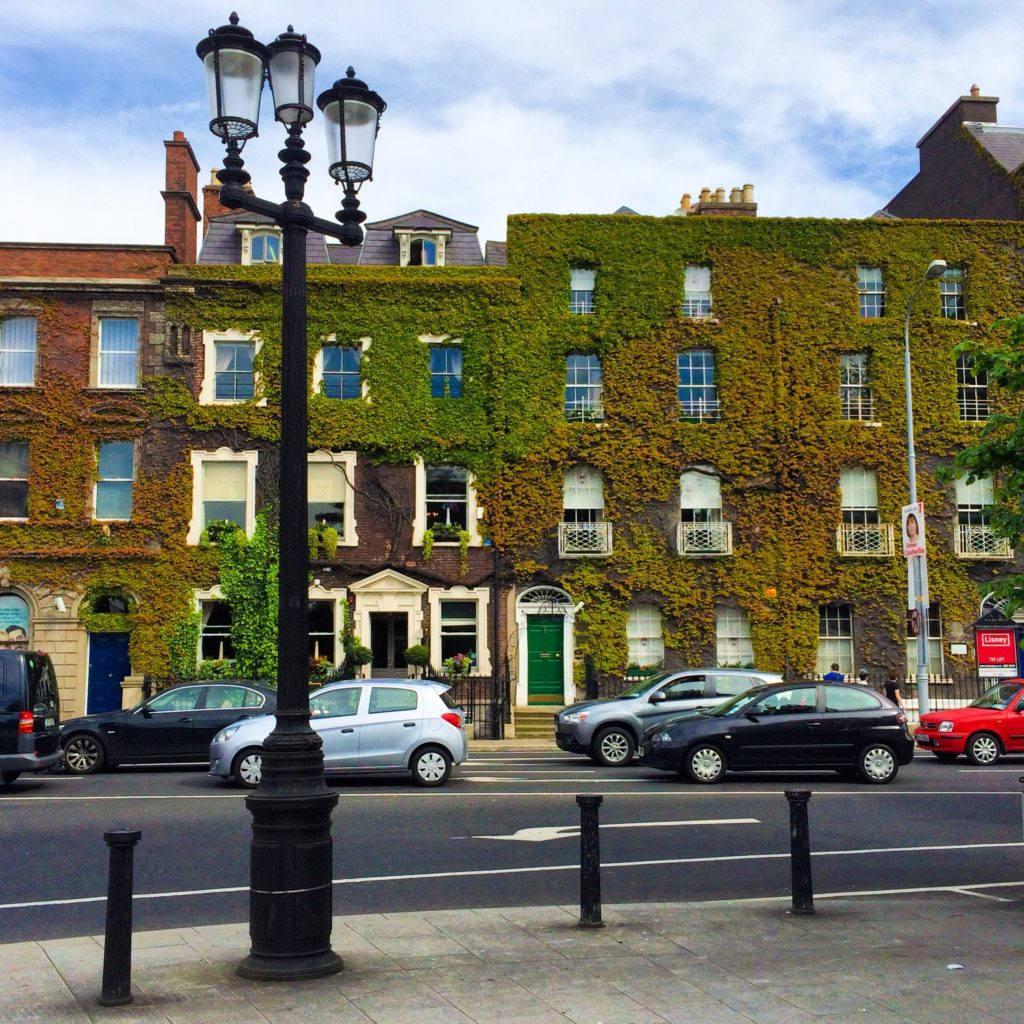 Dublin Ireland City Guide | WORLD OF WANDERLUST
