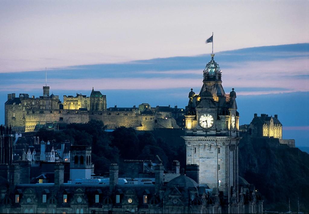 The-Balmoral-Edinburgh.-Image-by-R-Campbell-courtesy-of-Edinburgh-Lothians-Tourist-Board-831