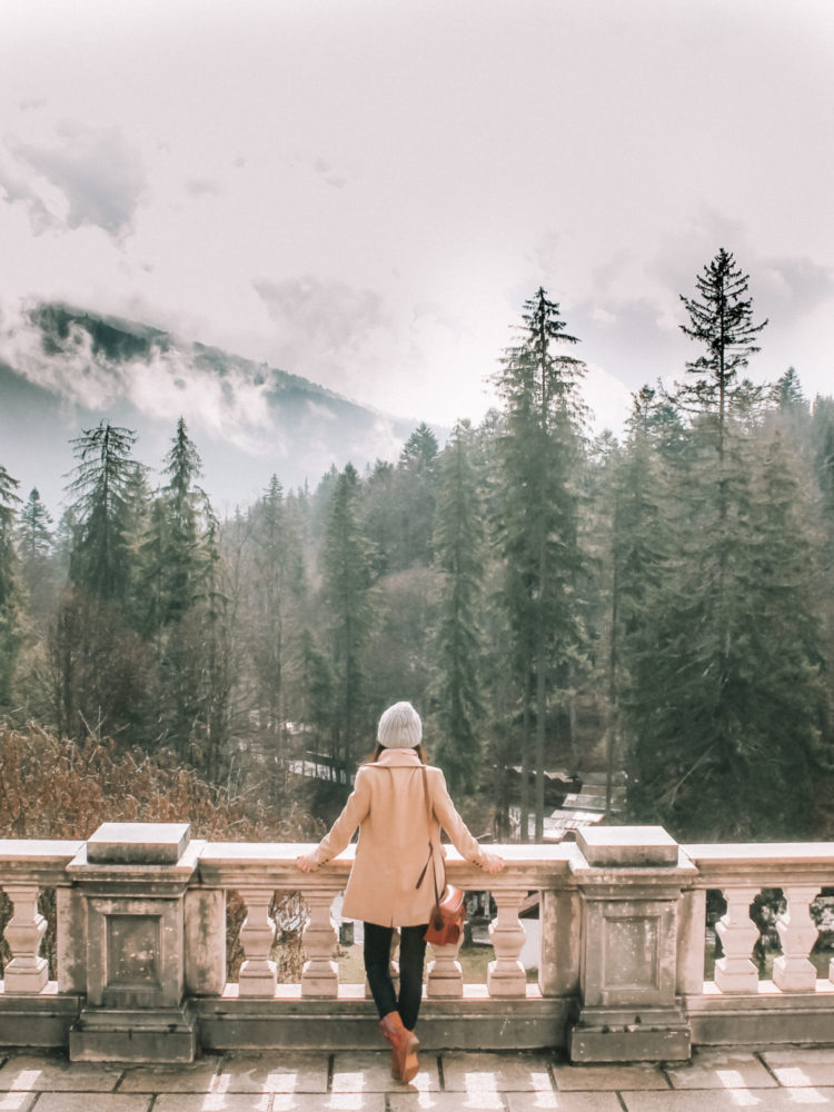 Solo travel | WORLD OF WANDERLUST