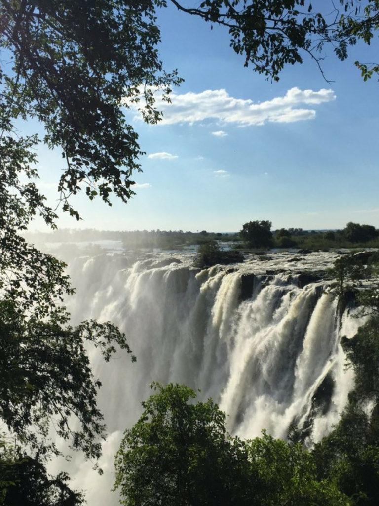 Victoria Falls | WORLD OF WANDERLUST