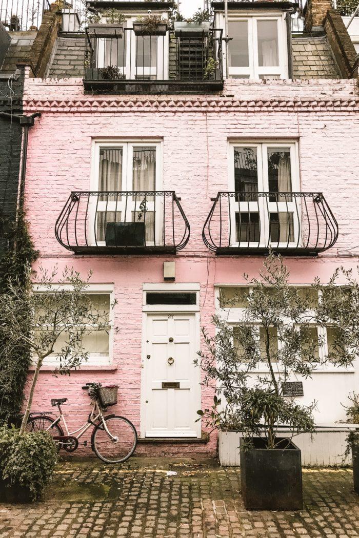 Exploring London's Neighbourhoods: Notting Hill