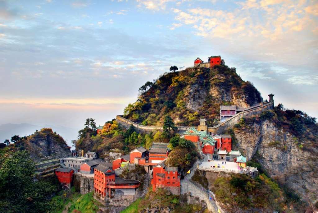 Ancient-Building-Complex-in-the-Wudang-Mountains