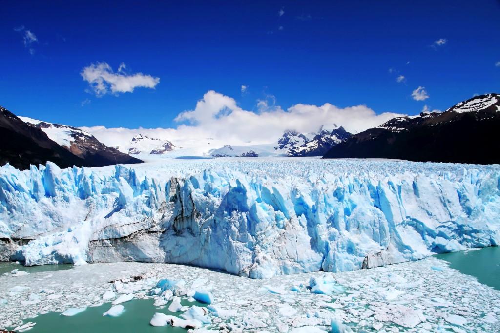 Perito-Moreno-Glacier-Los-Glaciares-National-Park-south-west-of-Santa-Cruz-province-Argentina1