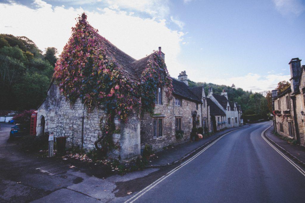 Cotswolds England | WORLD OF WANDERLUST