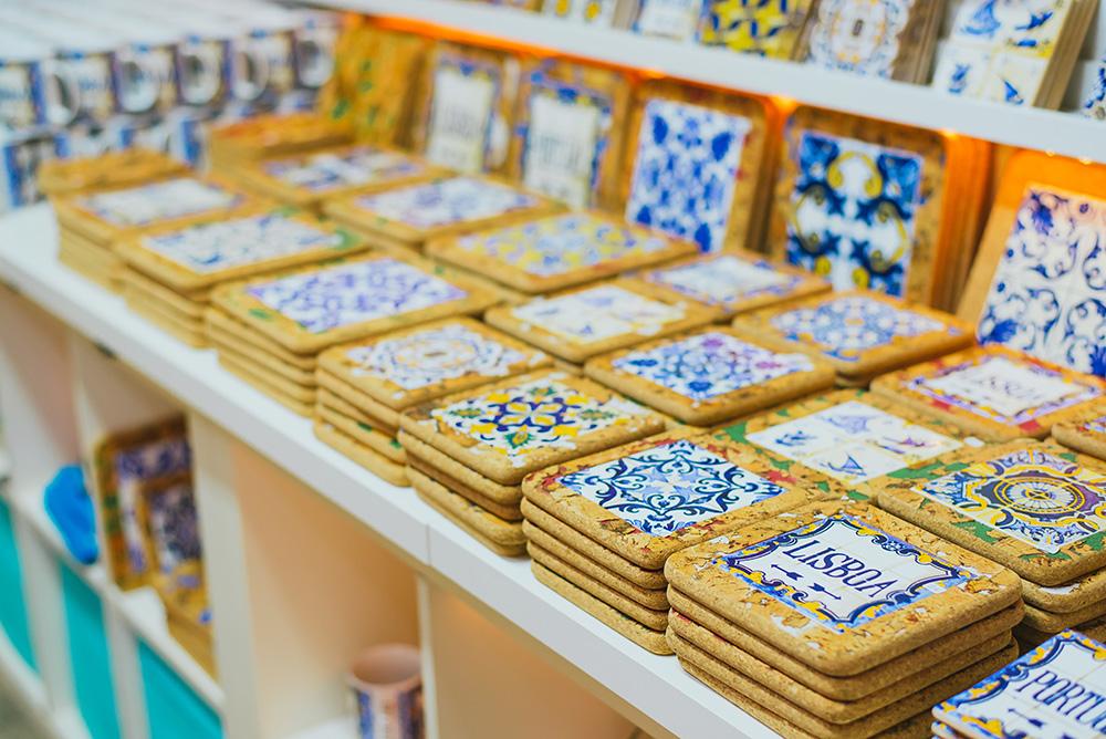 alfama_neighbourhood_guide_shopping