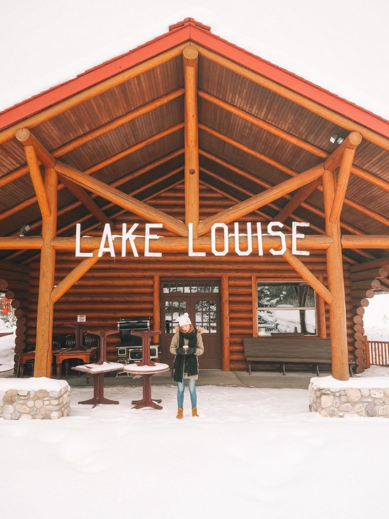 Lake Louise | World of Wanderlust