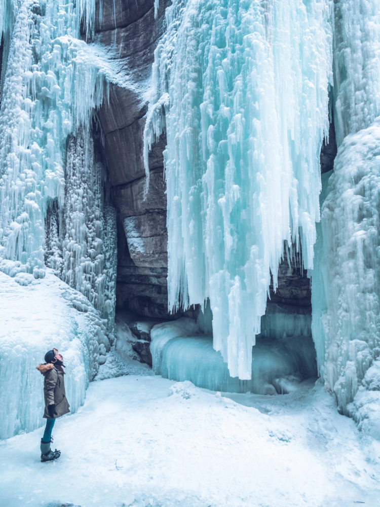Alberta Itinerary in Winter | WORLD OF WANDERLUST
