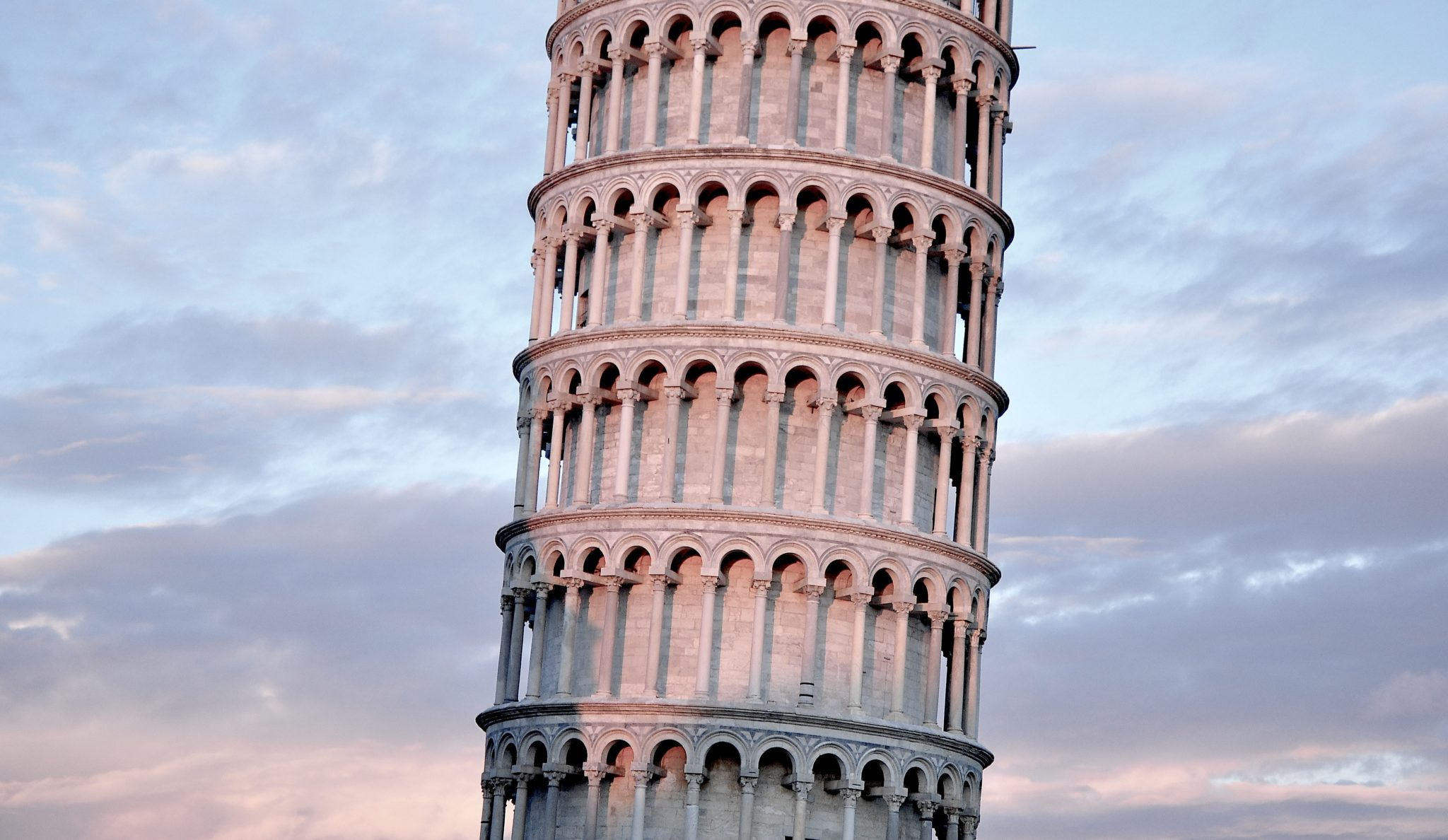 Pisa - best day trips from Florence | WORLD OF WANDERLUST