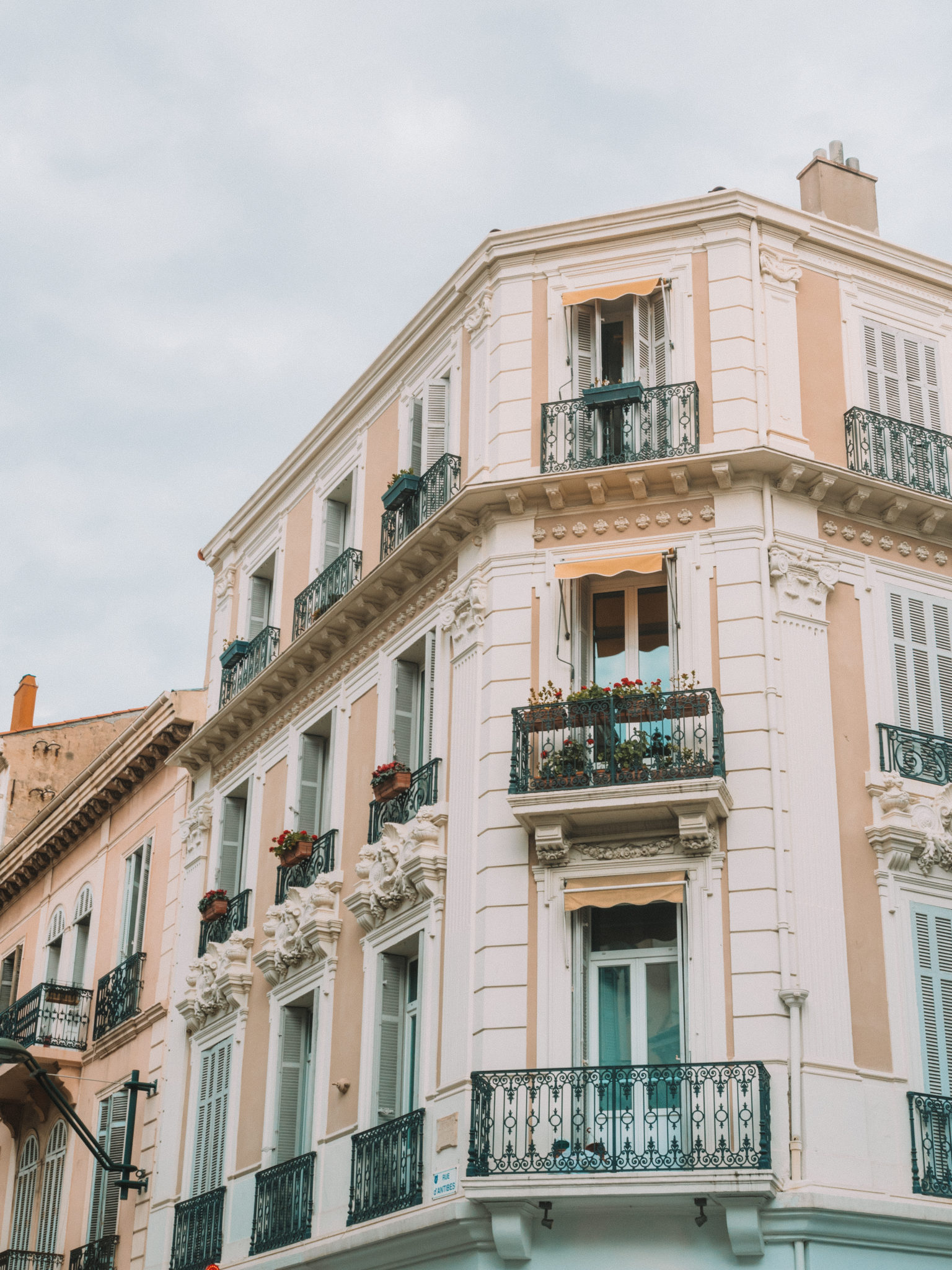 Destination Guide to Cannes | WORLD OF WANDERLUST