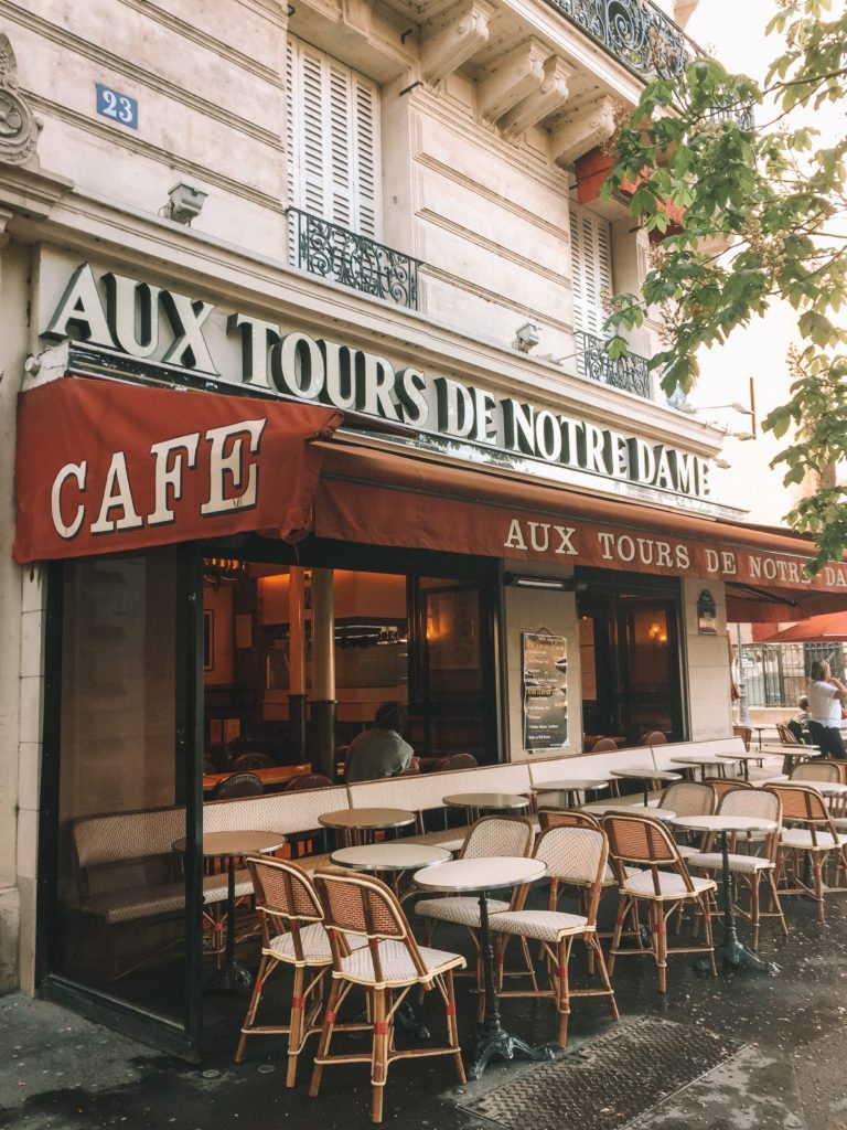 paris like a local | WORLD OF WANDERLUST