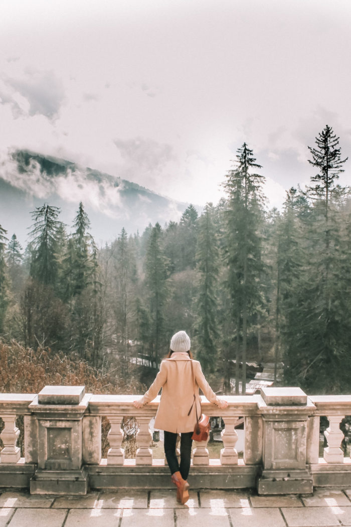 How to travel Solo for the First Time (20 top tips)