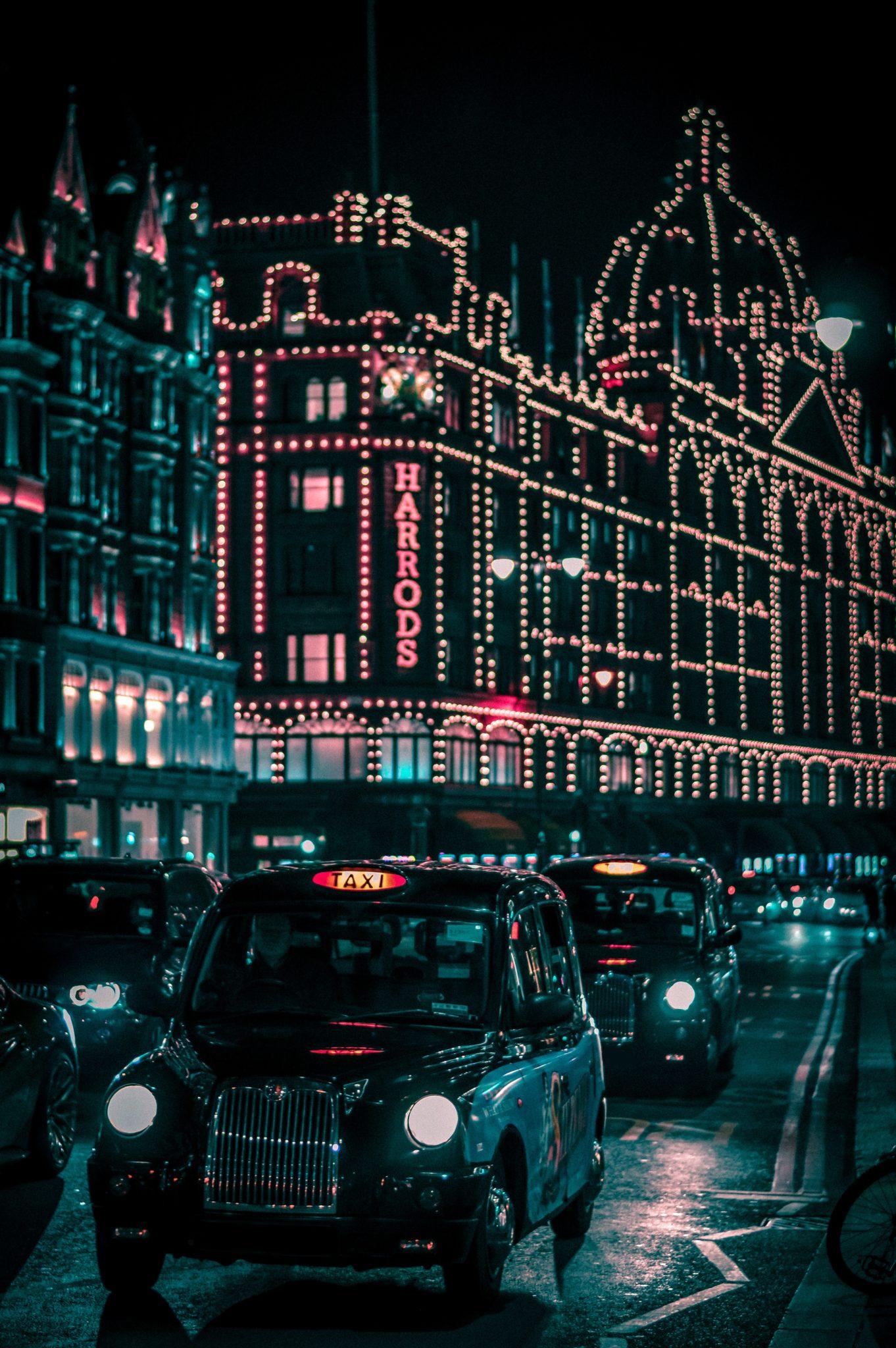 London for Christmas | WORLD OF WANDERLUST