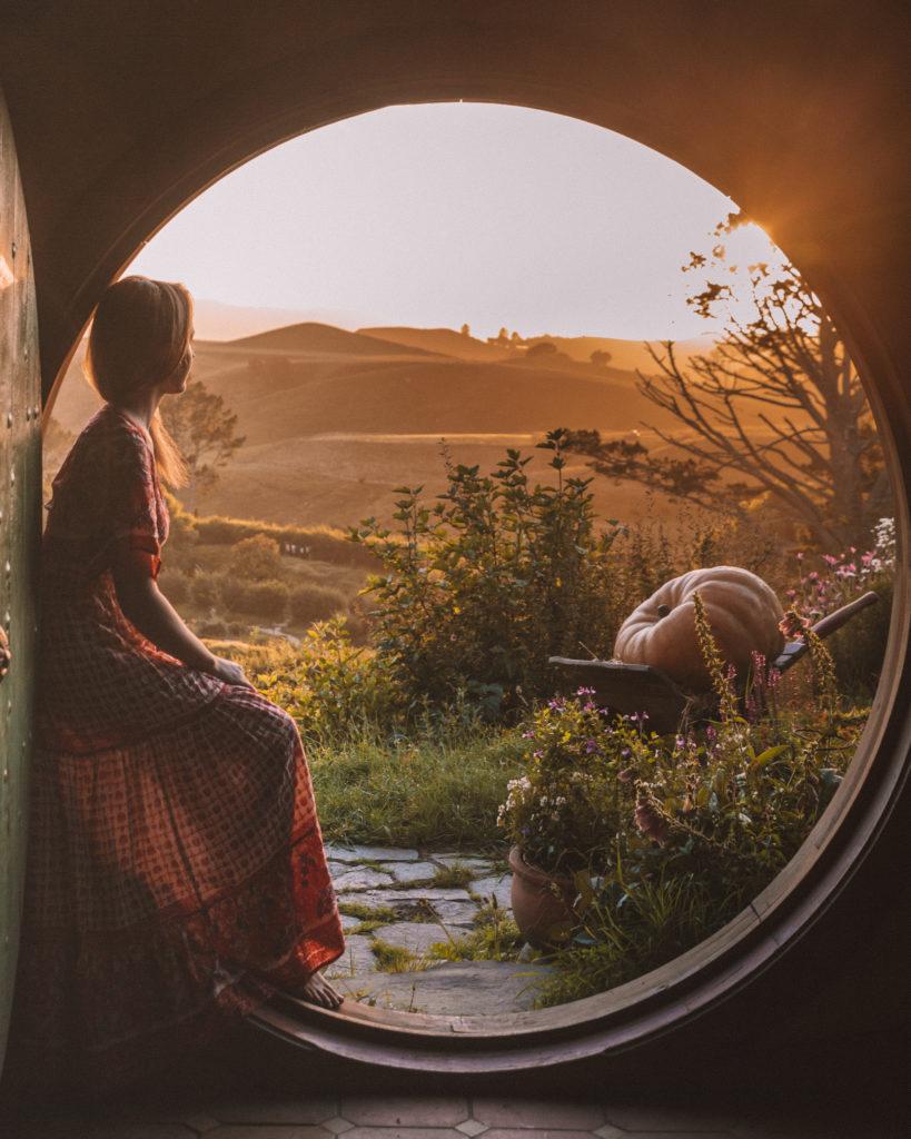 Visiting Hobbiton New Zealand | WORLD OF WANDERLUST