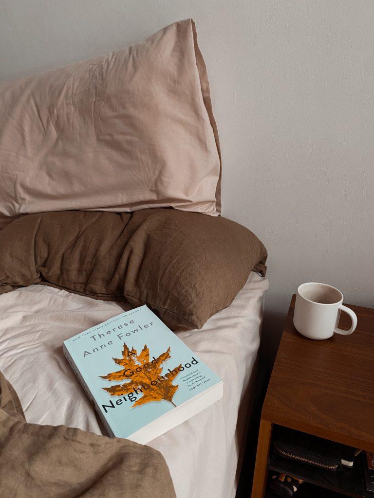 A Good Neighbourhood Book review | WOW BOOK CLUB
